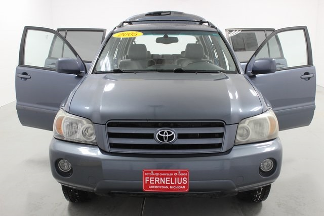 Pre-Owned 2005 Toyota Highlander Limited