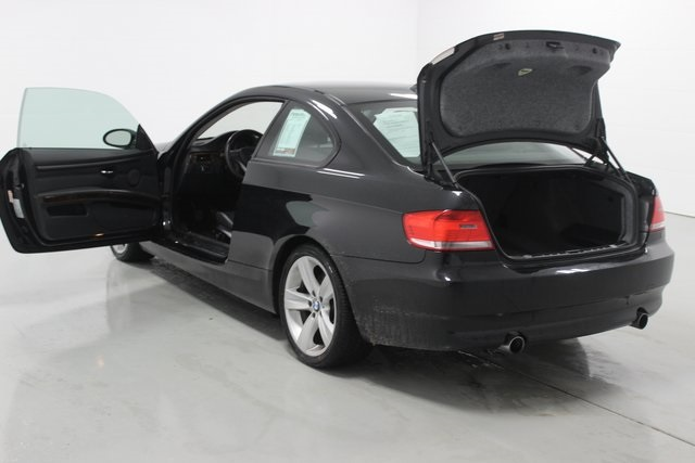 Pre-Owned 2009 BMW 3 Series 335i xDrive